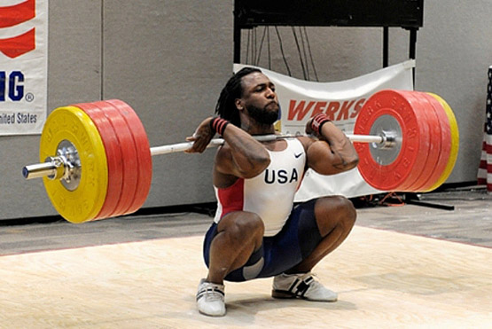 Kendrick Farris *swoon*...aside from his looks, the man has awesome strength and PHENOMENAL form. See how he's just chillin at the bottom of that clean?